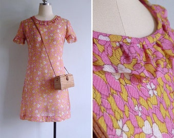 Vintage 70's 'Clover Lover' Pink Ruffle Mod Mini Dress S