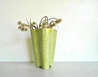 Mid Century Lime Green Case | Kenwood Pottery