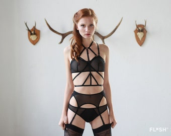 "The ""Ruby"" Harness in Black - Sexy Bondage Body Harness"
