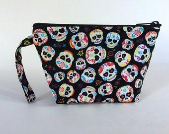 Skulls and Hearts Make Up Bag - Accessory - Calavera - Cosmetic Bag