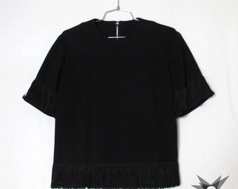 Vintage 1960's Black Knit Wool Fringed T-Shirt Shell with Metal Zipper Back Closure Size Large