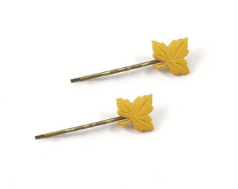 2 Yellow Leaf Bobby Pins, Fall Leaf HairPin, Leaf Bobby Pin, Hair Clip, Fall Leaves, Stocking Stuffer, Gift Under 10, Hair Accessory, Autumn