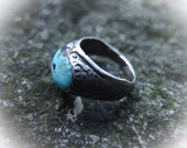 Old Tibetan Ring, Himalayas Turquoise, Ancient Turquoise, Silver, Ethnic Ring, Ethnic Signet, Protection Ring, Healing Gemstone, India Old