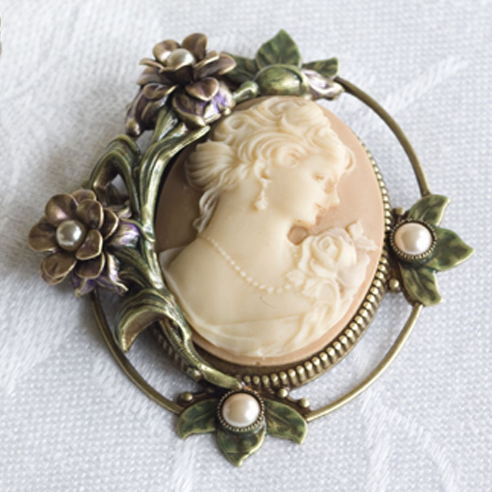 Custom Cameo Resin Pins Diy: Cameo Brooch Cameo Pin Cameo Jewelry Cameo By