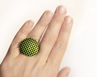 Green ring dots Everyday ring Contemporary jewelry Green and black Dots jewelry Circle ring 3D effect Minimalist ring Casual ring for women
