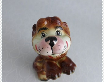 CUTE Lion Figurine, Kreiss 1950s 1960s, Smiling Happy, Vintage Lion Figure, Brown Yellow Pink, Ceramic Animal, Collectible, Home Decor
