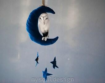 owl-moon mobile, baby mobile,baby shower gift, nursery mobile....
