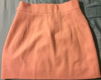 100% wool mini high waisted pink skirt