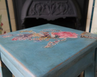 Floral stool