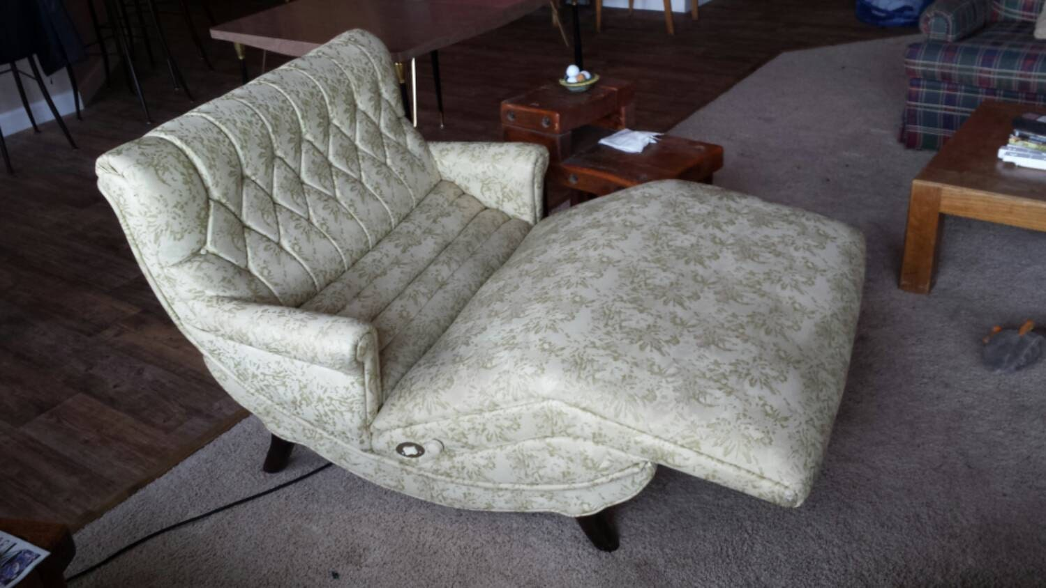 Reclining Contour Lounge Chair Loveseat With Vibrating