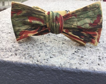 Grown Up Santi Baby Bow Tie: Liberate