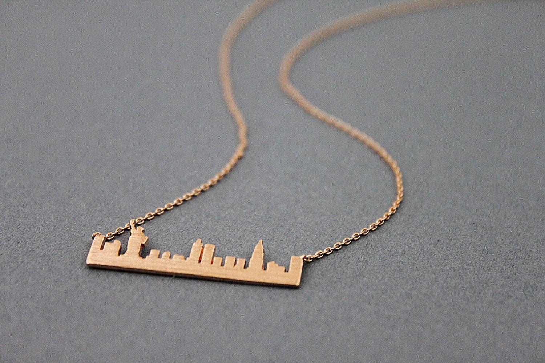rose gold new york skyline pendant necklace new york. Black Bedroom Furniture Sets. Home Design Ideas