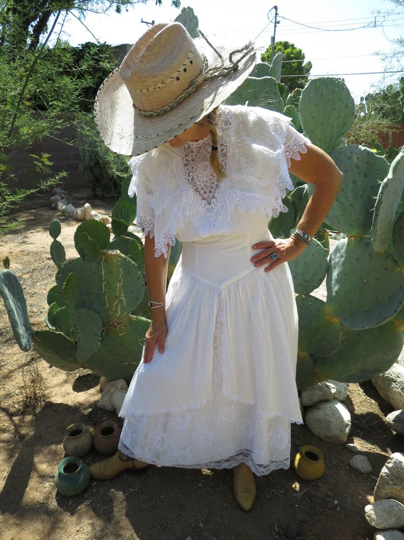 Vintage Jessica McClintock White Cotton Wedding Dress with