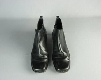 Vintage Bandolino Women's Black Leather Ankle Boots