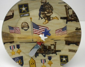 "10"" Round Decoupage US Army Plate and Spreader"