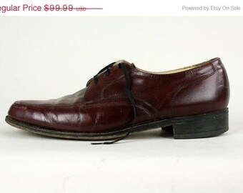 ON SALE Vintage Florsheim Burgundy Leather Lace Up Oxford Shoes 9 D