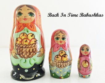 Miniature Apple Maidens Russian Nesting Dolls, Micro Set of Three, High Quality Art Doll Figurines, Colorful Happy Matryoshkas, Kitschy Cute