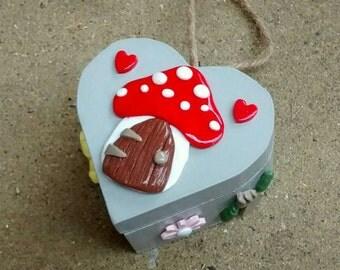 Miniature wooden heart jewellery trinket box with toadstool house (grey) 8cm x 8cm