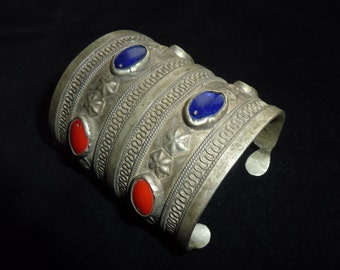 Big Kuchi Tribal Bracelet with Red and Blue Glasstones, Antique