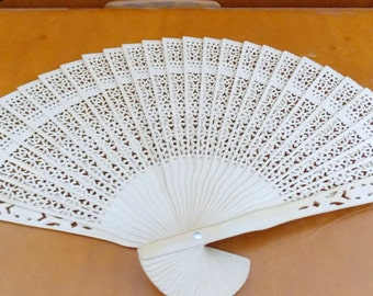 vintage wooden chinese fan in box