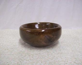 Walnut bowl #W0162