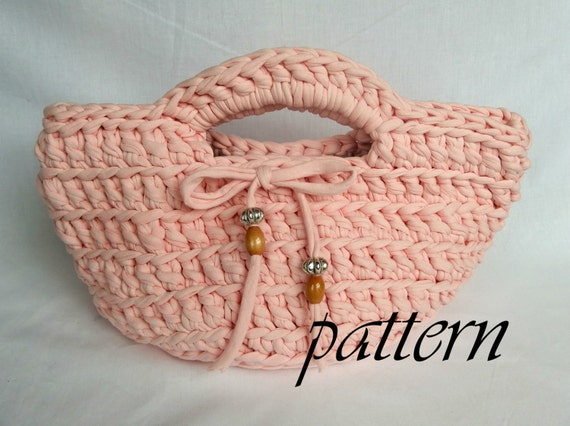 Crochet Patterns For T Shirt Yarn : Crochet pattern pink t-shirt yarn basket. by ...