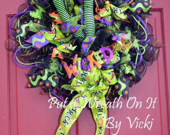 Wicked Witch Trick or Treat Wreath
