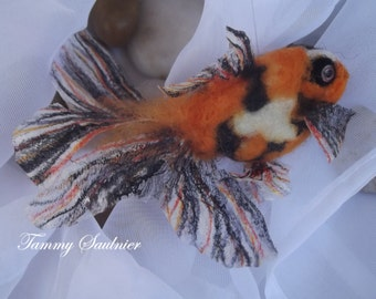 "OOAK needle felted ""Calico"" gold fish"