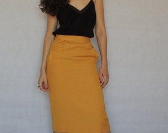 Vintage Pencil Skirt/ Vintage Yellow Skirt