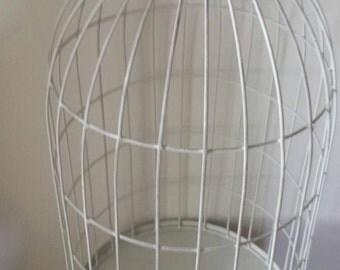 Deorative metal birdcage.