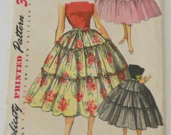 """Patron of couture vintage """"Simplicity"""" n 4976 (skirt) years 70"""