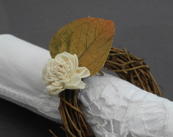Set of 4 fall napkin rings with a sola rose and an autumn leaf
