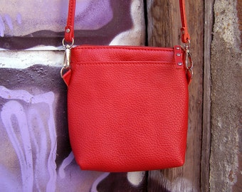 Leather small bag Small leather handbag Shoulder small bag in red Leather crossbody bag