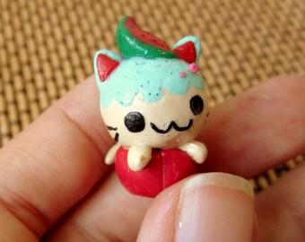 Kawaii Gift, Cupcake Cat, polymer clay kawaii, cat charm, cupcake charm, polymer clay fruit