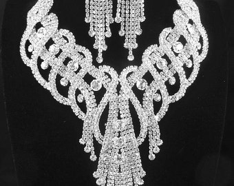 A Classic of Wedding Bridal Silver Clear Crystal Rhinestone Necklace Earring Set