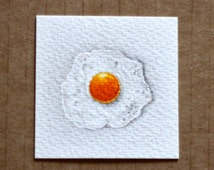 Egg Drawing, Food Art, Miniature Drawing, Fried Egg, Miniature Art, Miniature Food, Tiny Art, Egg Art, Pencil Drawing, Quirky Art