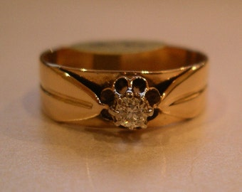 14K Rose Gold and Diamond Vntage ring. Circa 1940's. With Valuation.
