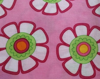 "Moda Fabric ""Good Morning"" by Me & My Sisters Designs - One Yard Cut - green, pink, white daisy"