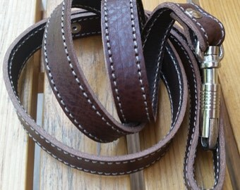 Dog Lead in Full Grain Leather. All-Weather Leads. Stitched leather dog lead