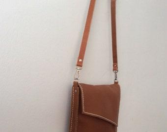 Leather Clutch,   Hand Bag , Cartera de mano. Bolso de mano, Shoulder bag. Convertible