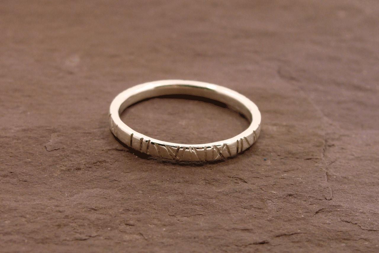 Roman Numeral Engraved Ring Silver Round Wedding Band Elvish