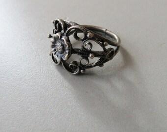 Sterling Silver Flower Blossom Scroll Work Ring
