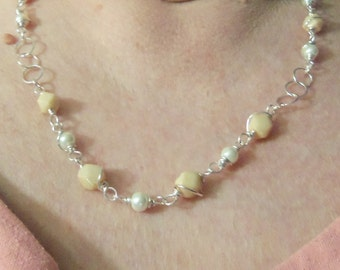 REDUCED 3 Piece Ivory Necklace, Bracelet, and Earring Set