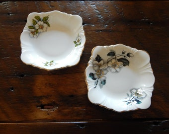 Two Complementary Windsor Bone China Fruit Nappies
