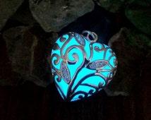 Anna's Frozen Heart, Blue Glow in the Dark Heart Necklace, Frozen Necklace, Glowing Blue Heart Necklace, Glowing Heart Necklace, Blue Heart