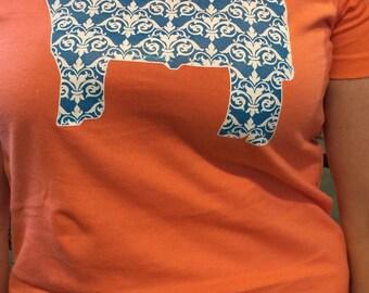 Damask pattern show heifer Tshirt.