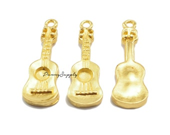 10 pieces - Ukulele Guitar Charm Pendant Findings Gold Tone CG-051-SRR.1
