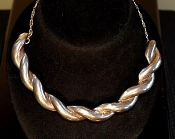 Art Nouveau / Arts & Crafts Twisted Rope Silver Choker