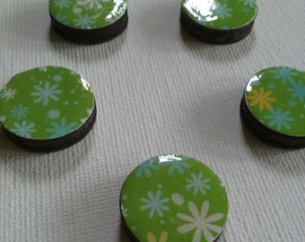 Green Floral Magnet Set