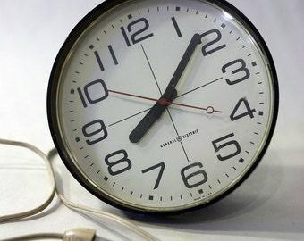 Vintage 80'S General Electric Clock